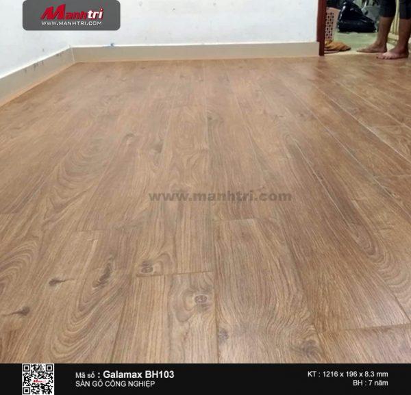 thi công sàn gỗ galamax d