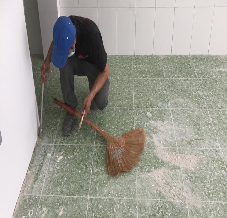 Xử lý bề mặt sàn nhà trước khi thi công