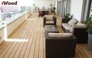 Hành lang gỗ nhựa sang trọng và đẳng cấp.
