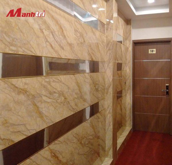 tấm ốp tường vân đá PVC 9635 hình 3